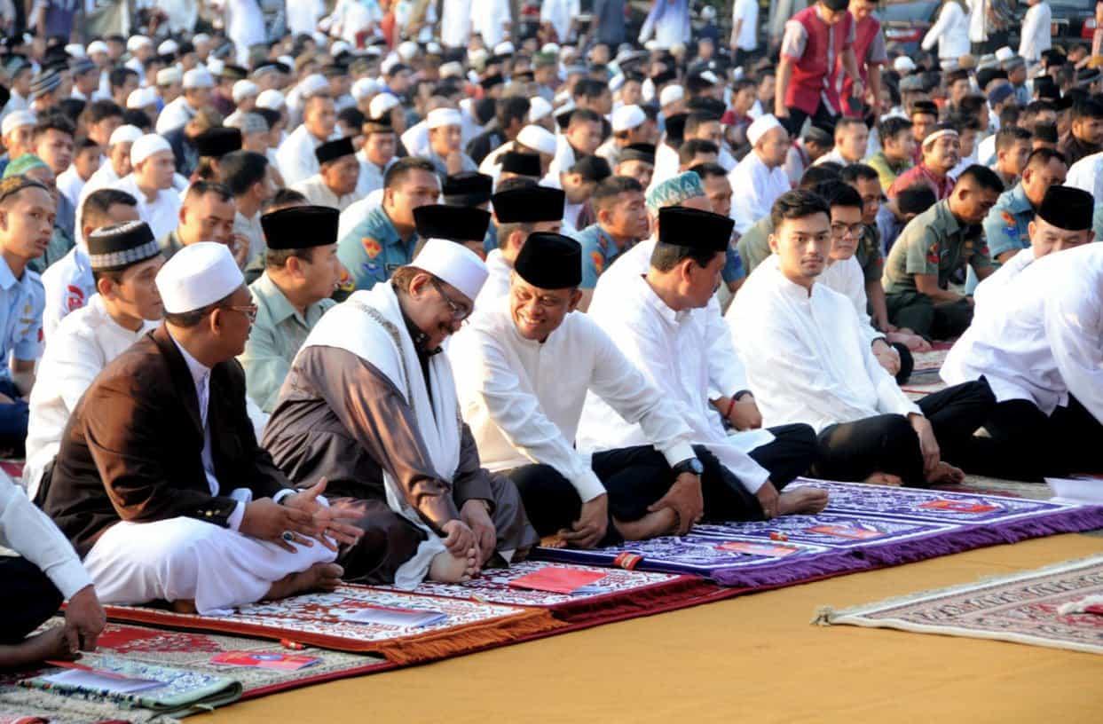Tata-Cara-Sholat-Idul-Fitri