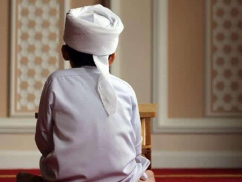 Sholat Gerhana | Fenomena, Tata Cara dan Pandangan Islam